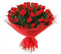 Букет ярко-красных роз 41шт