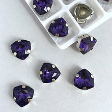 Кристаллы в оправе (цапах) серебряного цвета