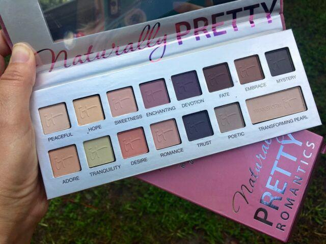 Палетка теней для век IT COSMETICS Naturally Pretty Vol.2 The Romantics!