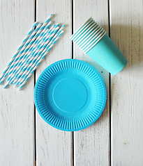 "Набор посуды - тарелочки, стаканчики и трубочки ""Голубой микс"" (30 шт.)"