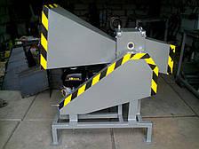 Бензиновый измельчитель  веток Дровосек ДС-100-БД16 (7 м3/ч)