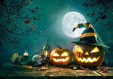 Атрибутика и украшения на Хэллоуин