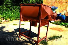 Смеситель кормов комбинированных 200 л., 1,1 кВт  на 220 В