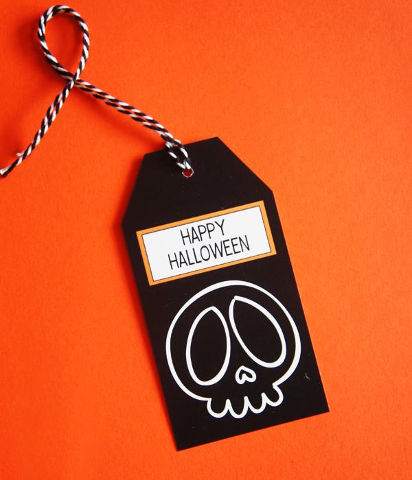 """Ярлычок для подарка """"Happy Halloween"""""""