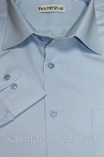Красивая мужская рубашка на пуговицах в голубом цвете
