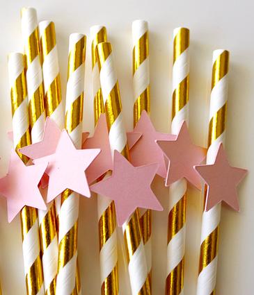Бумажные трубочки золотые со звездами (10 шт.)