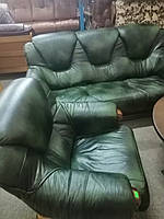 Диван тройка и два кресла. Гризли. Комплект кожа.