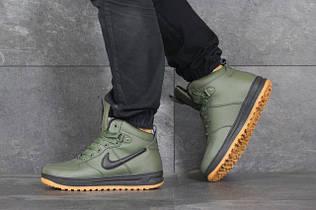 Чоловічі зимові кросівки
