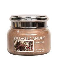 Ароматическая свеча Village Candle Пряности (время горения до 55 ч)