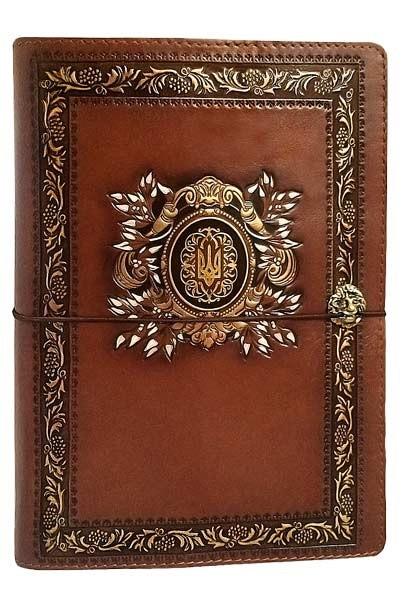 """Ежедневник (портфолио) А5 формата в кожаной обложке со сменным блоком """"Президент 2"""" (на резинке)"""