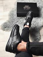 Кроссовки мужские черные с белыми вставками Nike Air Force 1 '07 LV8 Utility Black / White