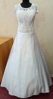 56.4 Белое атласное свадебное платье с кружевным верхом, б/у, 54 размер