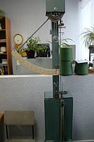 прилад для вимірювання натягу нитки