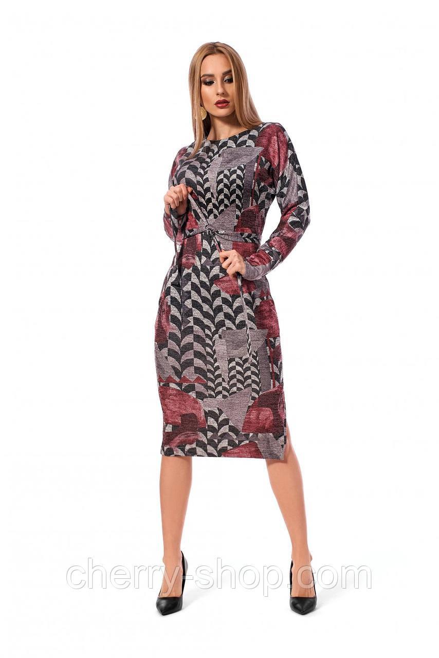Стильное платье длиной миди