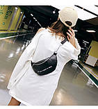 Женская бананка классическая поясная сумочка через плечо жіноча сумка All you need is less черная, фото 5