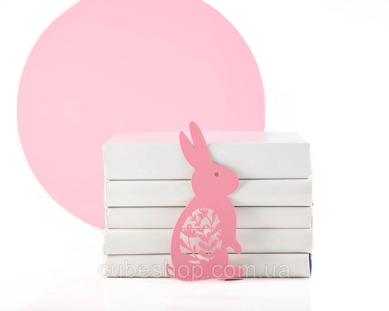 Закладка для книг Счастливый заяц (розовый цвет)