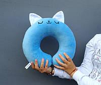 Дорожная подушка для путешествий Strekoza Котенок Айси 34 см голубой, фото 1