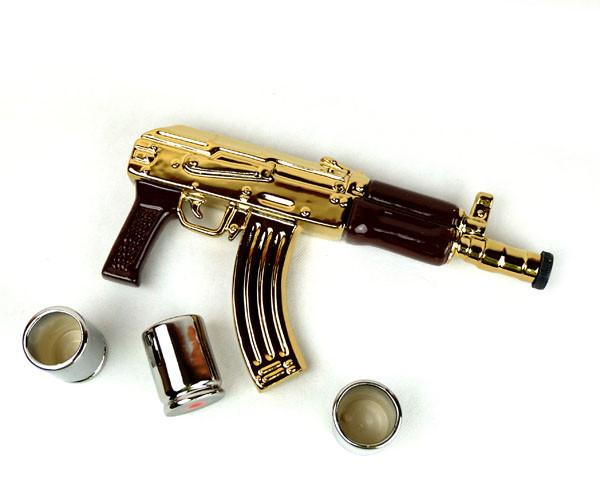 Автомат Калашникова золотой - набор для спиртного, бутылка с рюмками