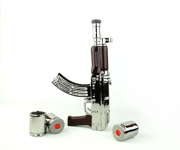 Автомат Калашникова серебряный - набор для спиртного, бутылка с рюмками