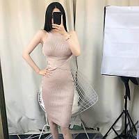 Облегающее платье-резинка женское мелкой вязки
