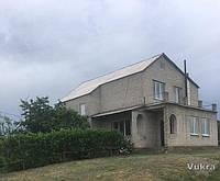 Продам 2х этажный жилой дом и усадьбу в с.Кочережки возле Днепра Павлоград