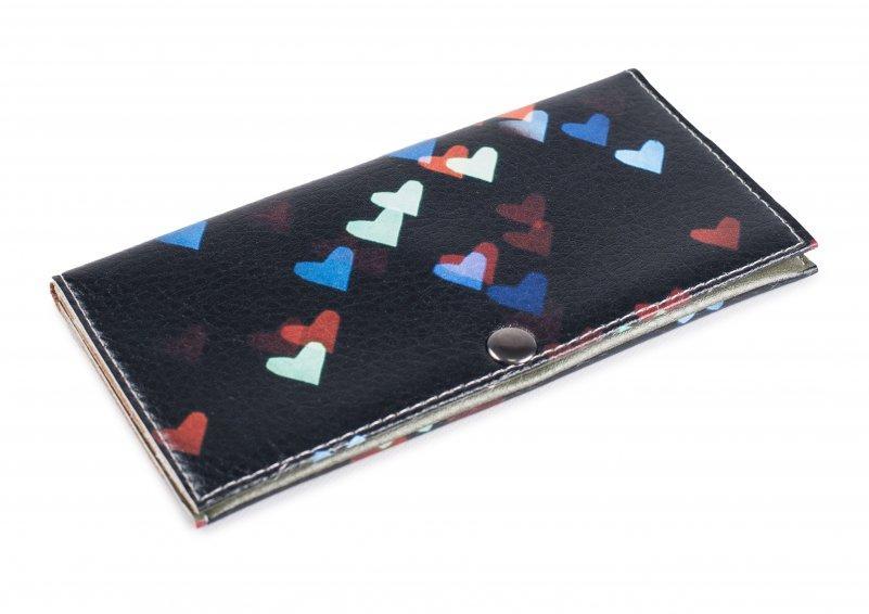 Женский кошелек -Сердечки на черном-. Ручная работа