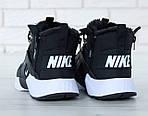 Чоловічі зимові кросівки Nike Air Huarache Winter з хутром (чорно-білі), фото 5