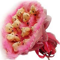 Букет из мягких игрушек Мишки 11 в розовом с лебединым пухом