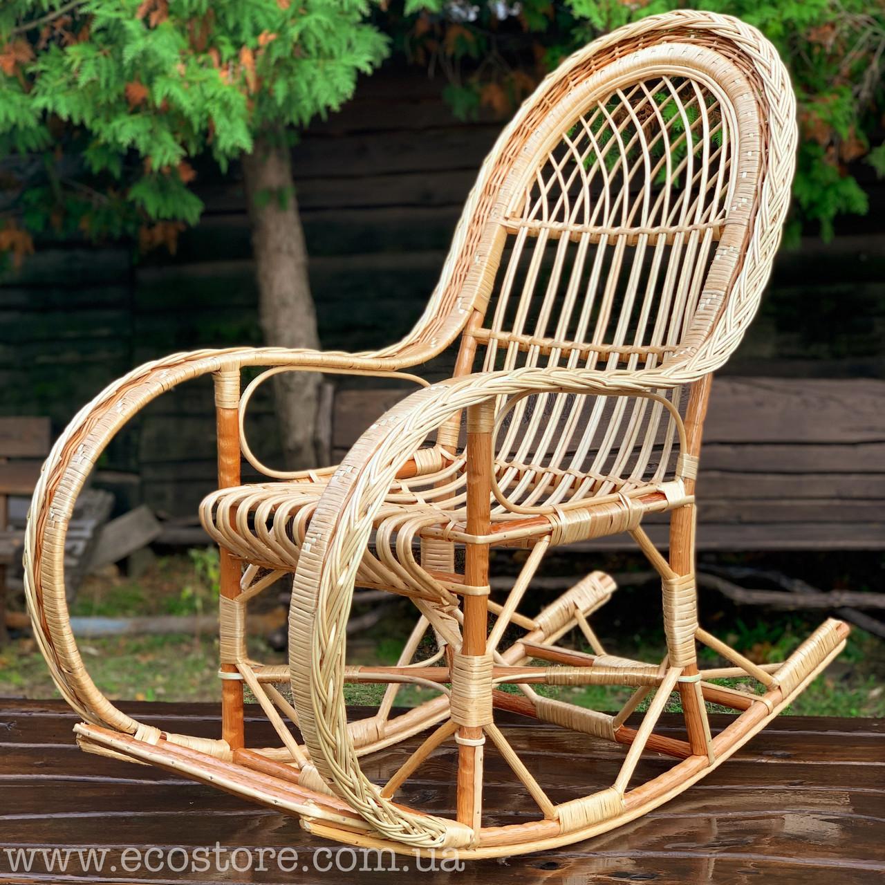 Кресло-качалка из лозы королевская с подставкой для ног (бесплатная доставка)