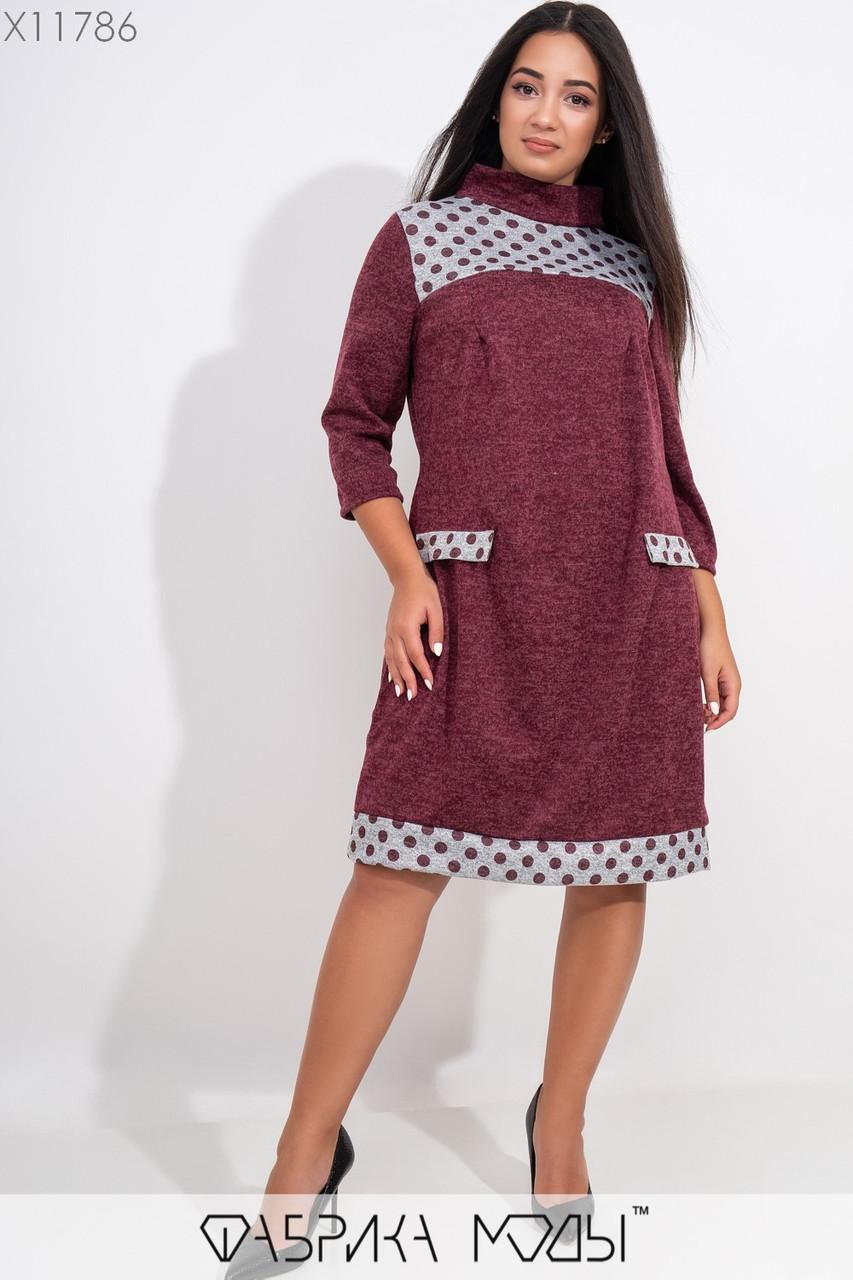 Теплое платье с принтоваными элементами, воротом легкий хомут рукавами 7/8 и имитацией карманов X11786