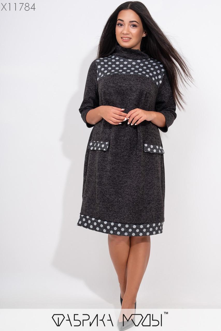 Теплое платье с принтоваными элементами, воротом легкий хомут рукавами 7/8 и имитацией карманов X11784