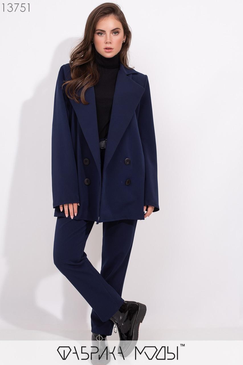 Двойка: пиджак кроя oversize с лацканами на пуговицах с прорезными карманами, брюки на резинке и пояс с фактурной пряжкой в комплекте 13751
