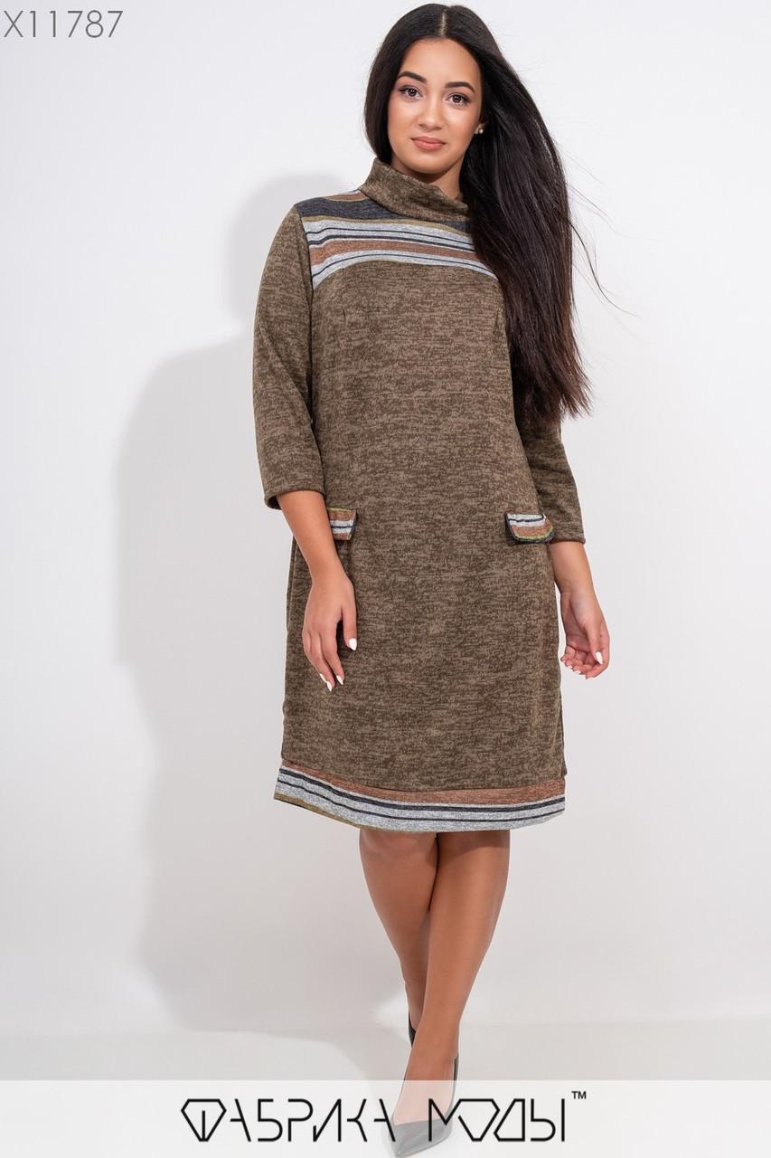 Теплое платье с принтоваными элементами, воротом легкий хомут рукавами 7/8 и имитацией карманов X11787