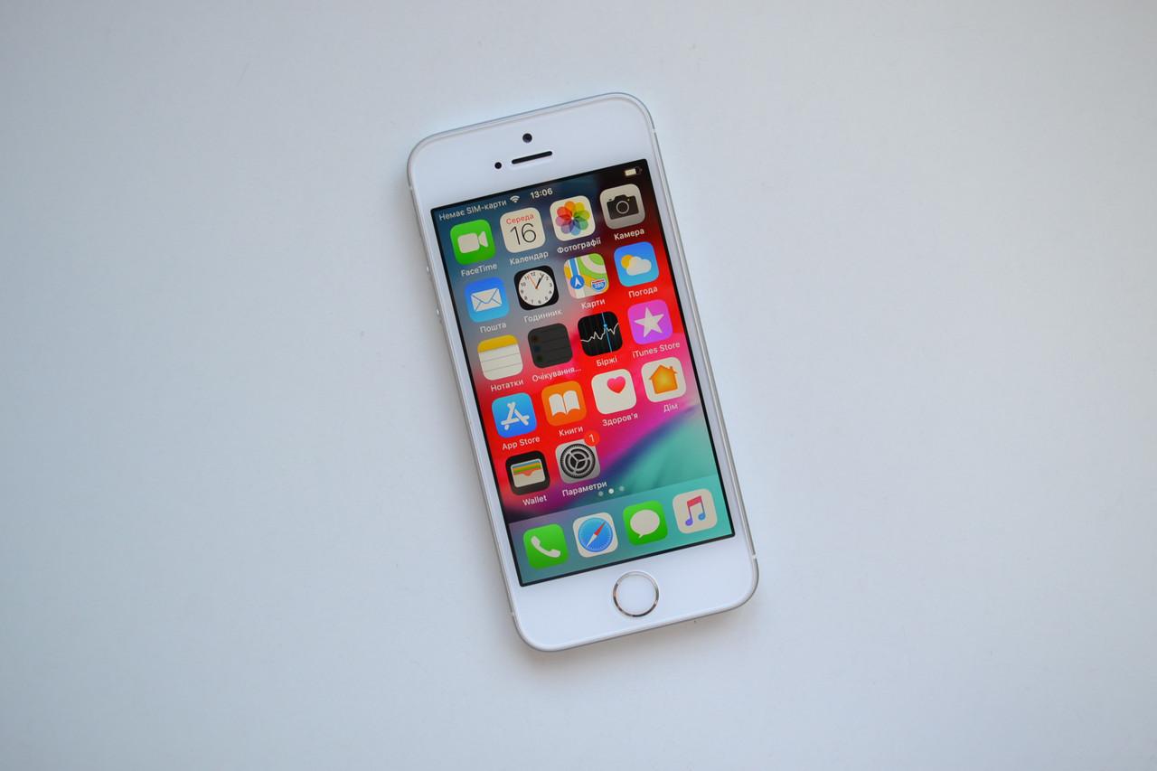 Apple Iphone SE 64Gb Silver Neverlock Оригинал!