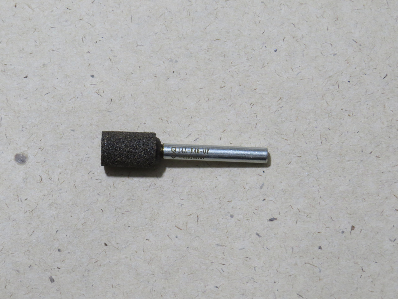 Абразивная шлифовальная головка цилиндрическая Ø13х20х6 P40 СТ1 14А