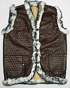 Жилетки оптом на искусственном мехе. Размеры 50-60. Модель жилетка коричневая плащевка кролик