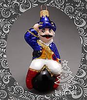 Стеклянная елочная игрушка Барон Мюнхгаузен на ядре 254/с, фото 3