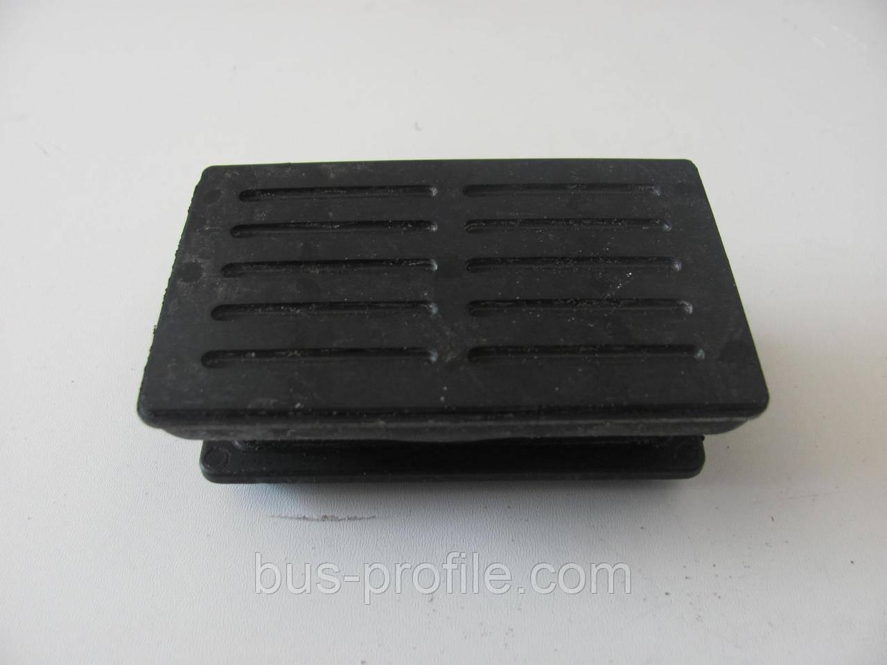 Подушка пер. рессоры (1лист) MB Sprinter 96- верхняя — MERCEDES — 9013221219