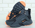 Мужские зимние кроссовки Nike Air Huarache Winter с мехом (серо-оранжевые), фото 8