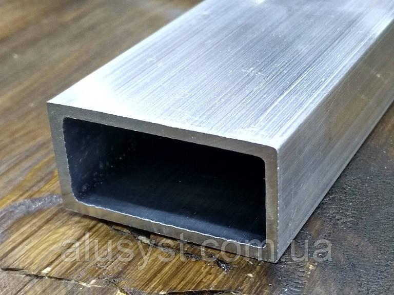 Труба 40х20х2 алюминиевая прямоугольная  / б.п.