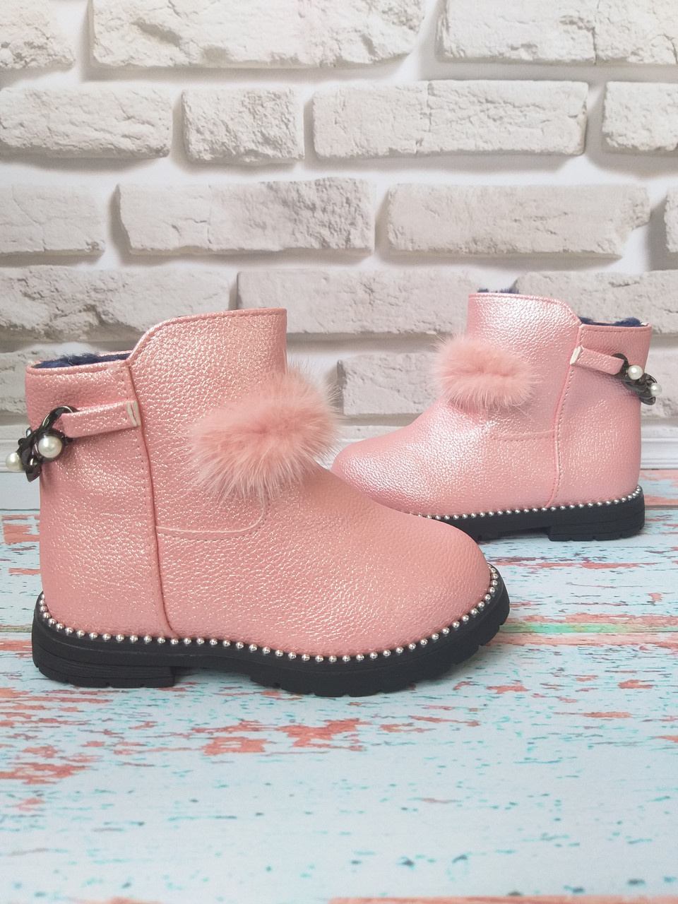 Ботинки на девочку на меху зимние