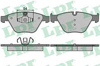 Передние тормозные колодки  BMW 3 (E90) 320d,320i,323i,328i 07-