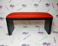 Подлокотник красный на черных ножках