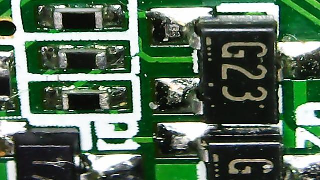 Портативный цифровой микроскоп G600 с экраном