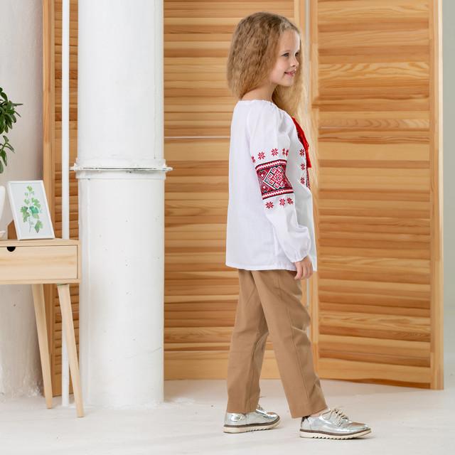 Вышитая детская блуза для девочки Звездочки