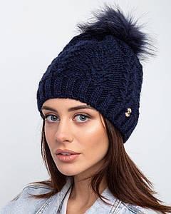 Женская вязанная шапка с меховым помпоном  на зиму - Артикул 2510 оптом