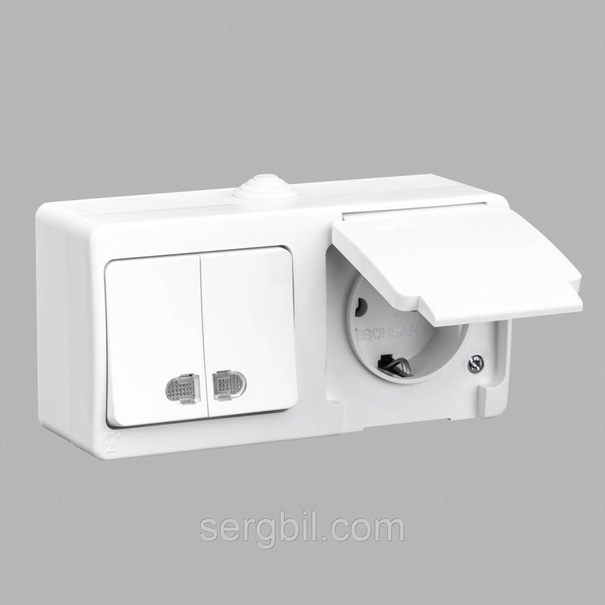 Блок выключатель двухклавишный с подсветкой + розетка с заземлением GUNSAN Nemliyer влагозащищенный Белый