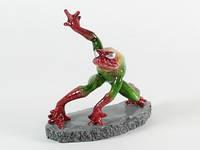 Лягушка Человек-паук / Фигурка Интерьерная 15x15x7 см