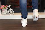 Ботиночки женские белые с бахромой Д430, фото 8