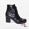 Чорні стильні черевики жіночі